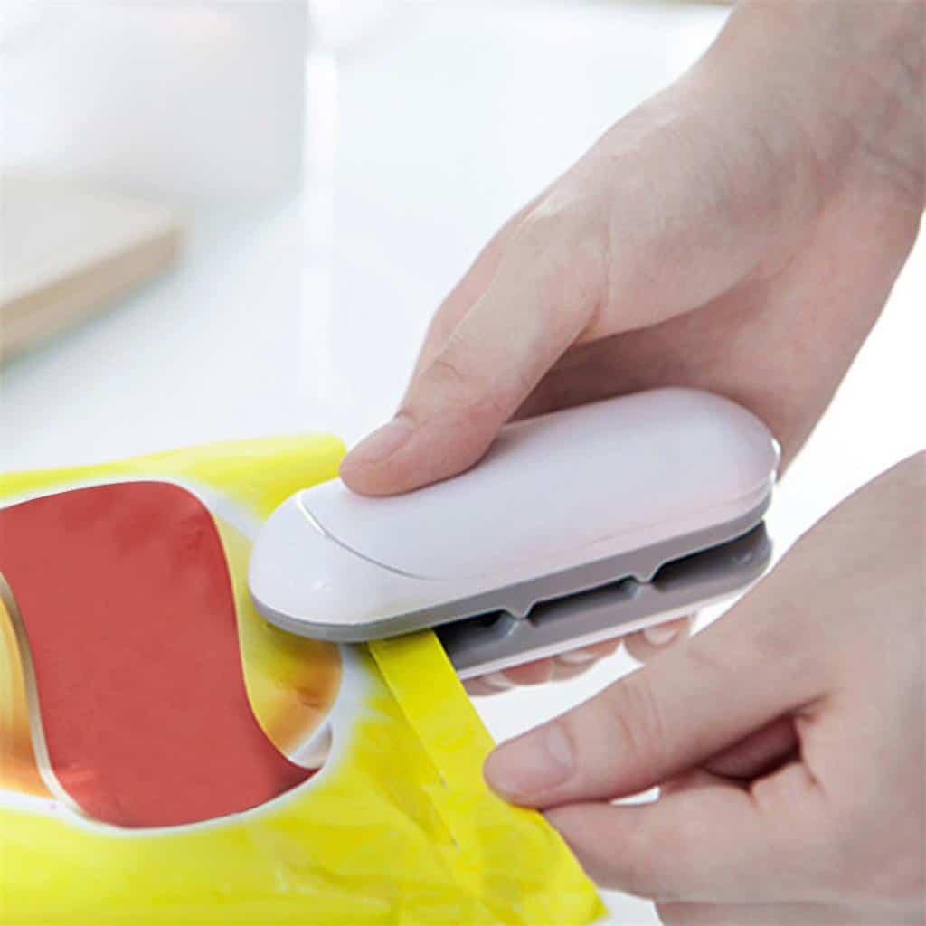 Portable-Sealing-Tool-Heat-Mini-Handheld-Plastic-Bag-Lmpluse-Sealer-Potato-chip-food-bag-sealing-machine.jpg